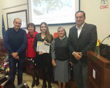 El Cabildo felicita a Selene Hernández, ganadora de uno de los 'Premios CSIC-Canarias 2016' de divulgación científica