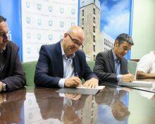Pestana y Quintero firman un acuerdo para recuperar el forraje en la Isla y mejorar la cabaña ganadera